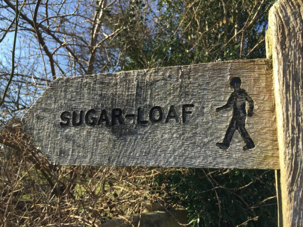 Sign to Sugar Loaf Mountain