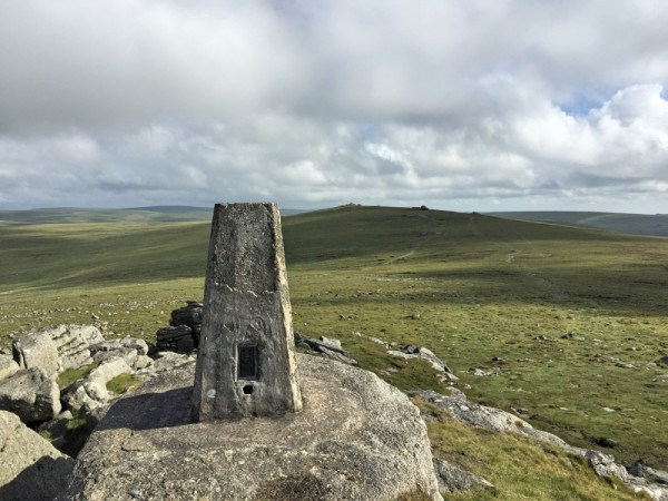 Yes Tor Trig Point TP7101 - Valid for WAB Trig Award but not SOTA!