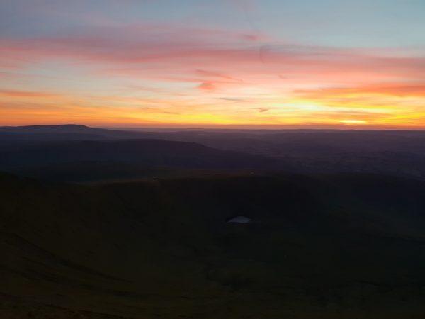 A lingering dusk from Pen Y Fan
